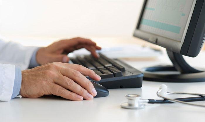 Здоровье и сеть интернет, к кому обращаться за помощью