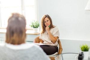 Наиболее распространенные причины, по которым женщины обращаются за помощью к психологу