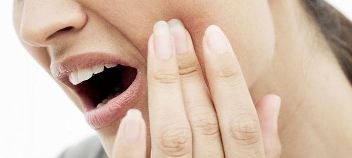 Когда я должен обратиться к стоматологу по поводу зубной боли?